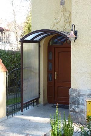 Daszki nad drzwi castorama